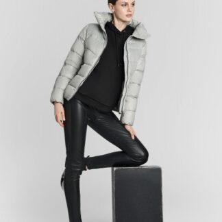Куртка на натуральном пуху с воротником-стойкой O`Stin