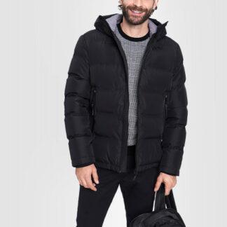 Куртка с капюшоном и технологичными деталями O`Stin