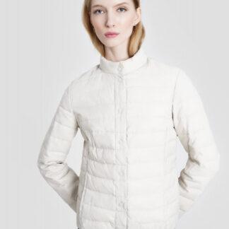 Ультралегкая куртка с воротником-стойкой и застежкой на пластиковых кнопках O`Stin