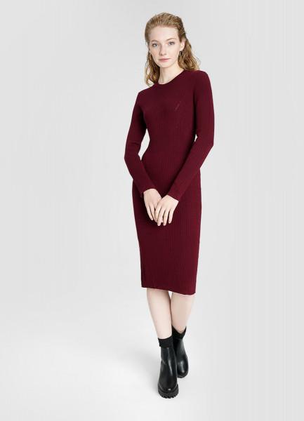 Вязаное платье миди в рубчик O`Stin